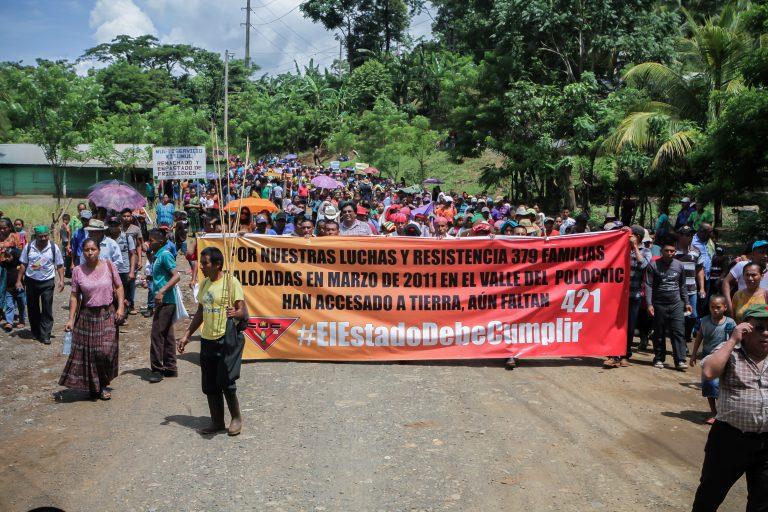 Desalojo por plantación de caña de azúcar, familias indígenas esperan compensación